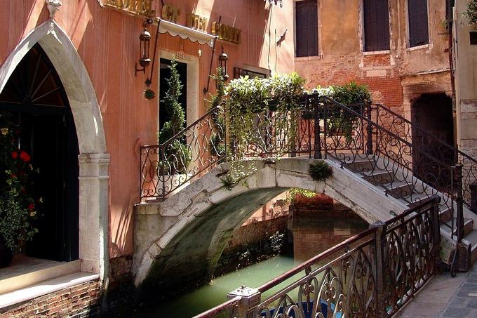 Пошоговая процедура сделки с недвижимостью в Италие