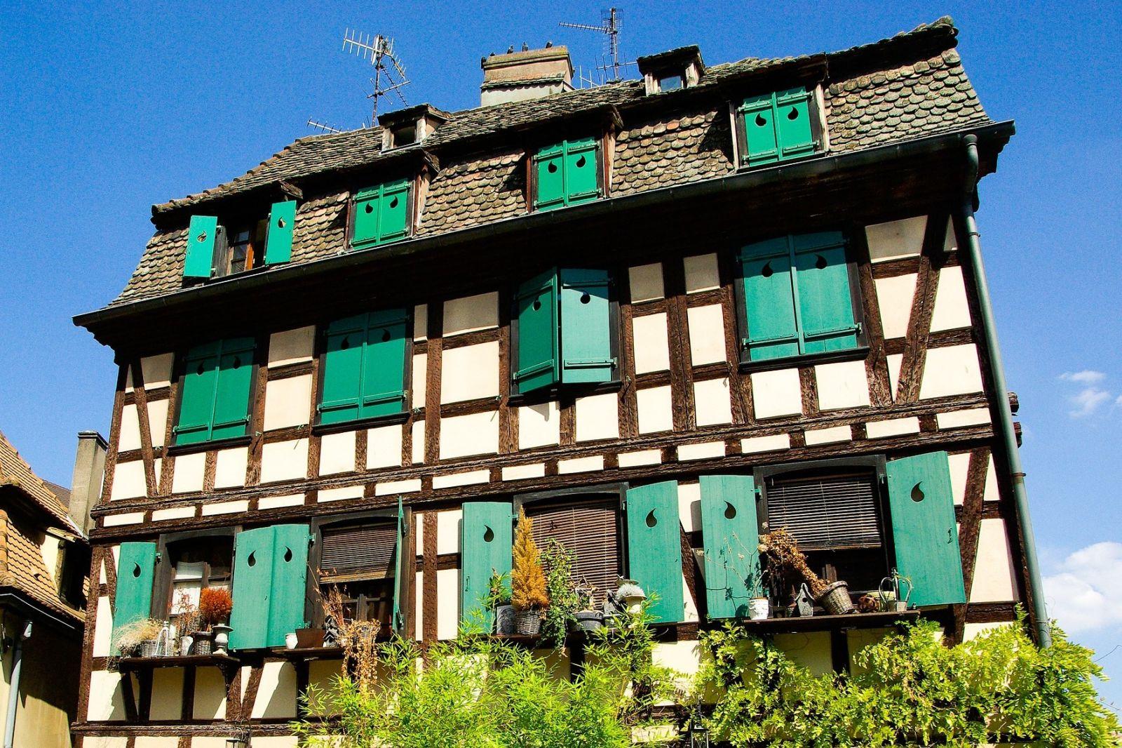 Сколько стоит дом во франции недвижимость на бали стоимость