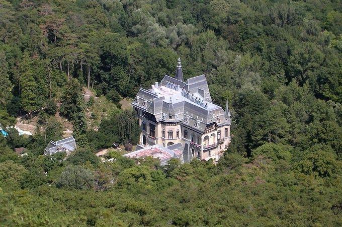 Замки чехии продажа дом шейха дубая